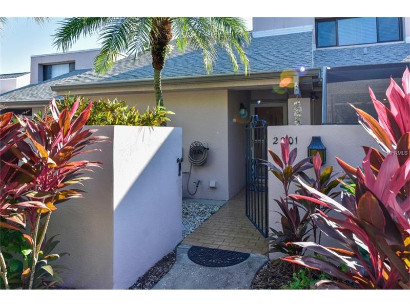 2201 meadowlake ct a1 sarasota fl 34235 mls a4142369 for Iron gate motor condos for sale