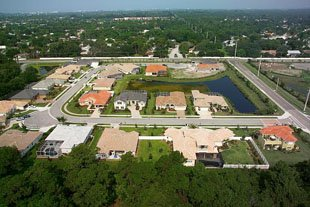 Beneva woods real estate for sale sarasota florida for Outdoor swimming pool near slough